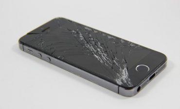 сломался телефон